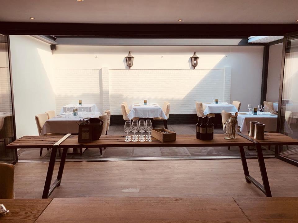 Decoratietafel Oud eiken Restaurant Bij Robbert Bodegraven